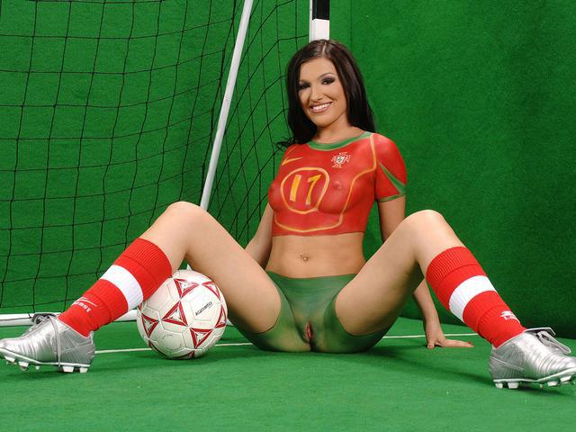 Порно футболистки смотреть итальянские порно